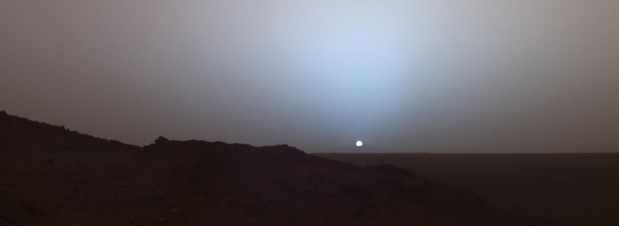 Prečo sú západy slnka na Marse modré